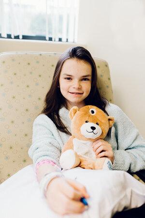 20191120 medi 0135 websize - Aos 12 anos ela inventou um ursinho para acalmar as crianças que precisam de infusão intravenosa