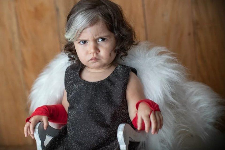 oi4 960x640 1 - Bebê nasce com mexa de cabelo branca e encanta com tamanha beleza