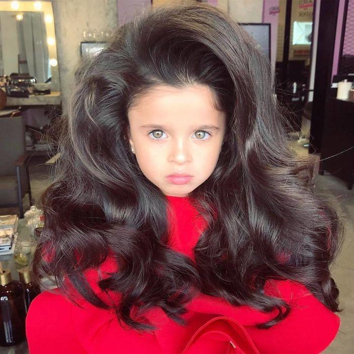 mia aflalo 3 - Você ficará surpreso ao ver o cabelo dessa menina de 5 anos!