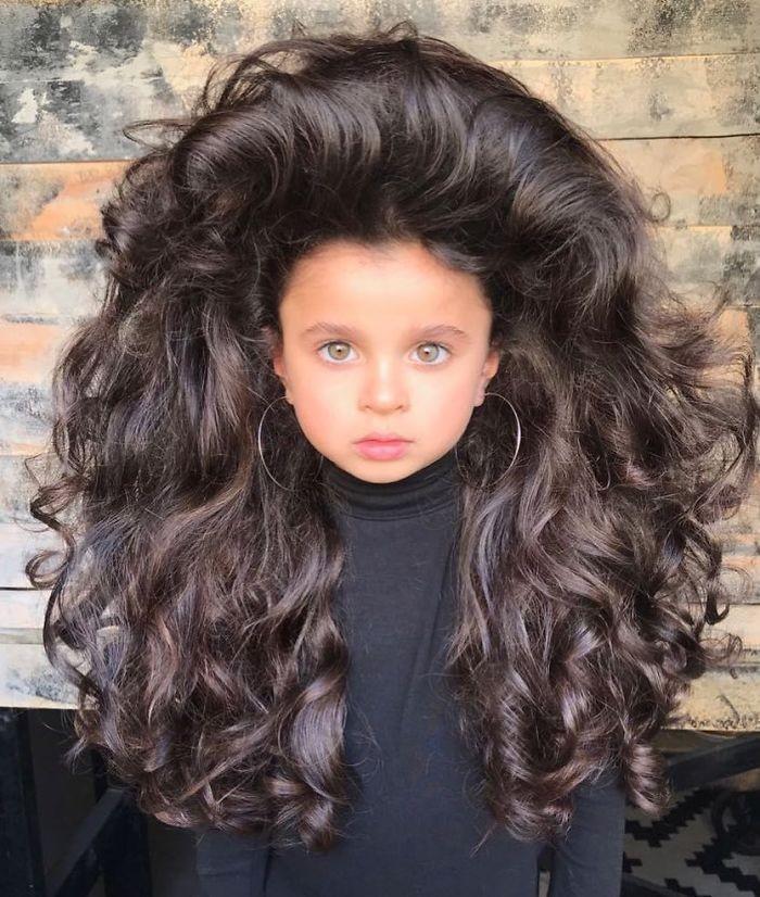 mia aflalo - Você ficará surpreso ao ver o cabelo dessa menina de 5 anos!