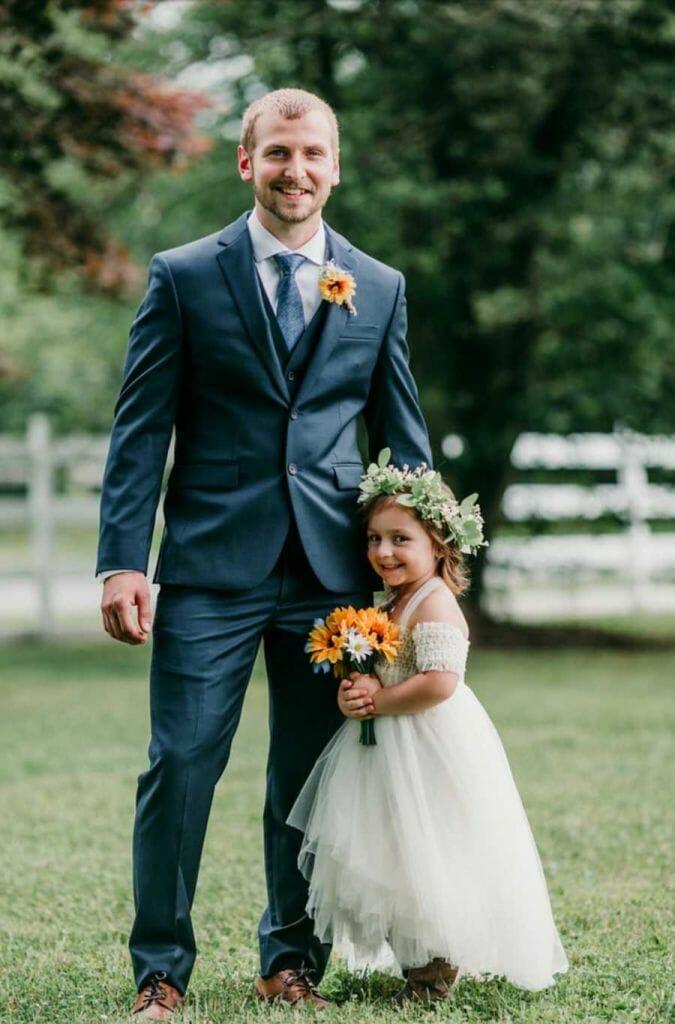 rai11 675x1024 1 - Durante casamento, padrasto pede enteada para aceitá-lo como pai