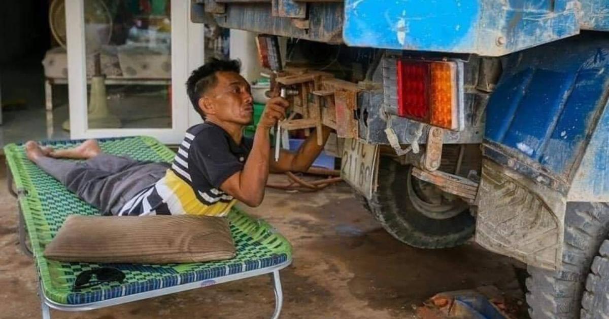 Design sem nome 29 2 - Apesar de ser paraplégico este mecânico trabalha arduamente para sustentar sua família
